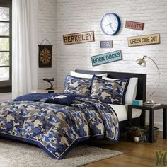 Reversible Teen Boys Kids Blue Camo Print Coverlet Bedding Set with Pillow (Full/queen) Includes Scented Candle Tarts Boys Comforter Sets, Teen Boy Bedding, Twin Xl Bedding, Bedding Sets, Twin Quilt, Camo Quilt, Camo Bedding, Coverlet Bedding, King Comforter