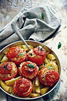 la pancia del lupo: Pomodori ripieni di riso