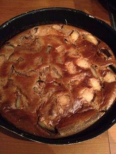 Clafoutis de poire RECETTE WEIGHT WATCHERS 4 personnes / 8 smart points la part Ingrédients 4 petites poires 80 Grs de farine 30 Grs de Maïzena 4 cc de sucre roux 4 cc de cacao en poudre non sucré 2 oeufs 40 cl de lait demi-écrémé Préparation Préchauffer... Thermomix Desserts, Ww Desserts, Weight Watchers Desserts, Healthy Dessert Recipes, Weigh Watchers, Cacao, Food And Drink, Pork, Nutrition