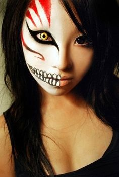 21 Creative Halloween MakeUp Ideas