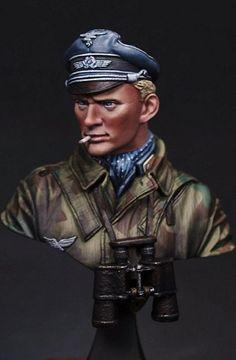 Fallschirm Officer LB MINIATURES news   planetFigure   Miniatures