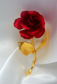Vintage Brooch Beautiful Textured Rose Signed by VJSEJewelsofhope, $10.00