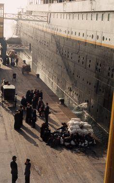.Titanic in Southampton 1912
