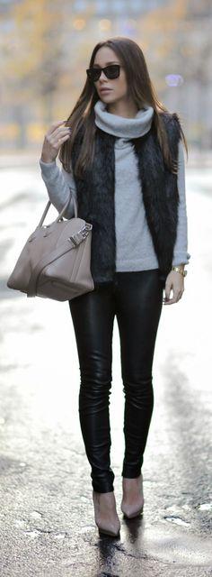 Clean Side Zip Leather Leggings / Johanna Olsson