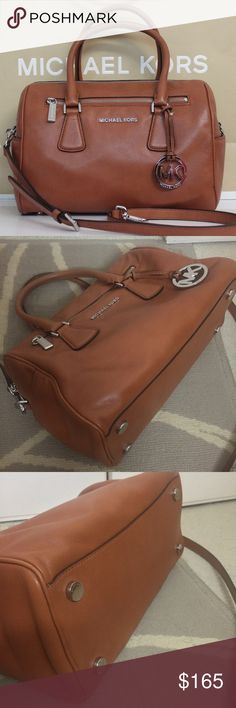 """Michael Kors Sophie Large Top Zip Leather Satchel Pre-loved in GREAT condition 100% Authentic  Michael Kors Sophie Large Leather Satchel Handbag in Cedar Tan.  - Soft cow hide leather  - Silver tone hardware  - L16""""xH10""""xW7""""  - Comes with straps, MK charm attached,  original tags, MK care guide&dust cover.  - Paid MSRP $378+tax   Reference photos - Minor black mark on one of the handles but it's not very noticeable. Nothing major, no rips regular wear/tear. The MK bag in the background is…"""