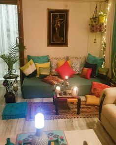 """285 mentions J'aime, 37 commentaires - Sarabjit Kaur (@_my.green.nest) sur Instagram: """"During the day this cosy nook looks different when the sun shines in all its glory.... In the…"""" India Home Decor, Ethnic Home Decor, Bedroom Wall Designs, Living Room Designs, Home Decor Furniture, Home Decor Bedroom, Cream Living Room Decor, Pinterest Room Decor, Diy Home Interior"""