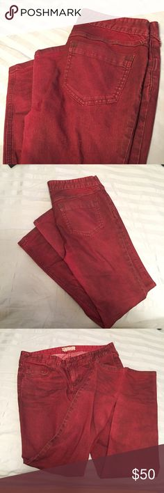 Free People - Lightweight Stretch Skinny (Short) Dark red, cranberry-color jeans with a slightly greyish wash and wicking. Perfect amount of stretch, true to size, and great for fall time fun! NWOT. Free People Jeans Skinny