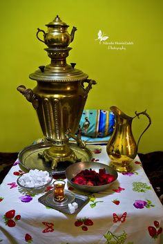Tea has an important role in Iranian everyday-life! tea is one the most desire beverages in Iran. Iranian Culture. photo: Niloofar Hoseinzadeh travel to Iran with us comingtoiran.com
