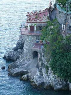 Cliff house, Amalfi