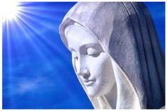 Il coraggio di guardare il cielo: Newsletter Radio Maria Agosto 2016 Madonna, Movie Posters, Fictional Characters, Bosnia, Santa Maria, March, Christians, Spirituality, Sky