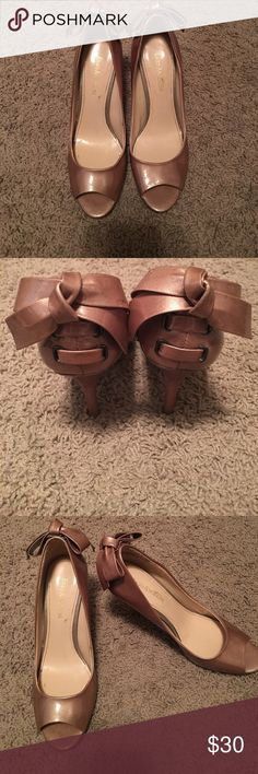 Super cute gold/tan heels Must have. Worn once. 4 inch heel. Enzo Angiolini Shoes Heels