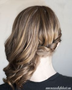 Loving this idea for a side swept curls hair style by ester