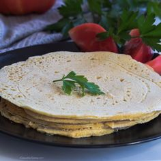 Vegan and Gluten Free Tortillas - They are prepared with chickpea flour, they are very easy to make Sin Gluten, Vegan Gluten Free, Gluten Free Recipes, Vegetarian Recipes, Vegetarian Breakfast, Tortillas Veganas, Gluten Free Tortillas, Chickpea Flour Recipes, Brunch Recipes