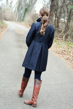 my outfit: a navy coat! Rock My Style, Navy Coat, Mommy Style, Winter Looks, Style Blog, Brown Boots, My Outfit, Preppy, Personal Style