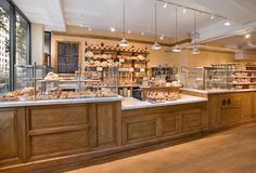 Le Pain Quotidien is a Belgian bakery & casual dining experience designed in the style of French country home, with an ambiance that is reminiscent of your grandmother's dining table. Tobin | Parnes worked with Le Pain Quotidien to expand its international bakery...