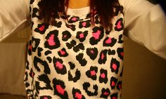 Pink and cheetah Pink Leopard Print, Fashion Outfits, Womens Fashion, Fasion, Autumn Winter Fashion, Fashion Fall, High Fashion, Types Of Fashion Styles, Dress To Impress