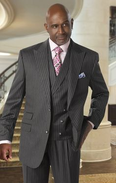 Tayion Suits Charcoal Stripe Wool 3 Piece Style Fitzgerald 222 Tayion suits are always for the fashion forward man that Sharp Dressed Man, Well Dressed Men, Mens Fashion Suits, Mens Suits, Casual Outfits, Fashion Outfits, Men's Outfits, King Fashion, Fashion Moda