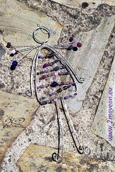Süße Geschenkidee zur Geburt oder Taufe! Handgemachte kleine Engel aus versilbertem Kupferdraht mit Glasperlen und Rocailles in verschiedenen Farbvariationen und Ausführungen, jeder ein Unikat!