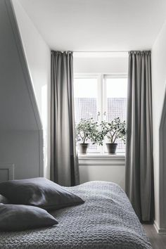 Great Grey Bedroom Furniture Sets, Navy Blue and Grey Bedroom Ideas Do you think he or she will like it? Grey Bedroom Furniture Sets, Wood Bedroom Sets, Gray Bedroom, Small Room Bedroom, Small Rooms, Home Bedroom, Bedroom Decor, Bedroom Ideas, Calm Bedroom