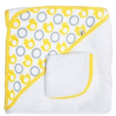 JJ Cole Hooded Towel And Washcloth Set - Yellow Ducks | Baby Gear www.duematernity.com