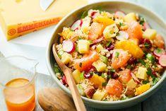 Avec son mélange de fruits secs et frais, Cette salade de boulgour aux agrumes et à l'Emmentaler est un régal d'une grande fraîcheur, une recette veggie très gourmande.Salade de boulgour, suprêmes …