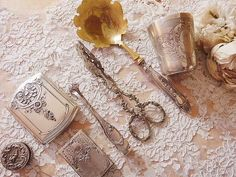 ❥ antique beauty