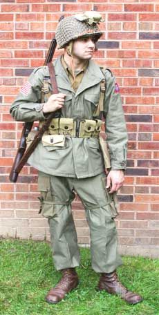 After Normandy, the Airborne troops were issued the M43 uniform. The Paratroopers found there were too few pockets, so added cargo pockets to the legs. This was the only difference between this and the Infantry issue. Photo courtesy of 'At the Front Militaria'