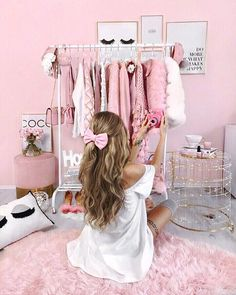 You can get your pink dorm room inspiration from anywhere. Discover more pink art inspiration at ins Pink Dorm Rooms, Pink Room, Cute Pink, Pretty In Pink, Tres Belle Photo, Tout Rose, Deco Rose, Princess Aesthetic, Pink Princess