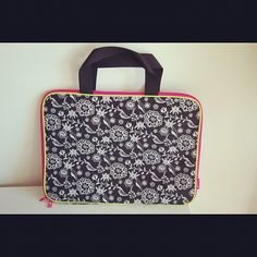 #laptop #bag #gooddeal offered by #orashops #fashion #accessories #love #cute #celebrityfashion #hollywood #stationary #flower #iphone #computer #ipad - @orashops- #webstagram
