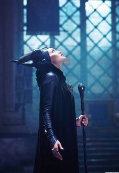 Behind the scenes with Angelina Jolie on 'Maleficent' Maleficent Quotes, Maleficent 2014, Angelina Jolie Maleficent, Maleficent Movie, Maleficent Costume, Malificent, Kid Movies, Disney Movies, Disney And Dreamworks