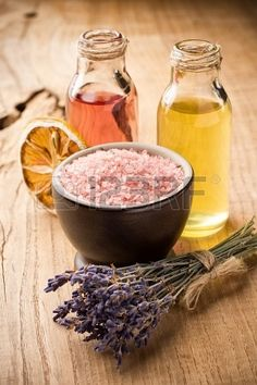 Masage body oil. Aromatherapy oil, spa wellbeing. Stock Photo - 20887567