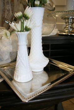 Medium Milk Glass Bud Vase – Props-for-hire #milkglass #budvases #whitedecor #propsforhirepuyallup #weddingrentals #eventdecor #partyideas #floraldisplay