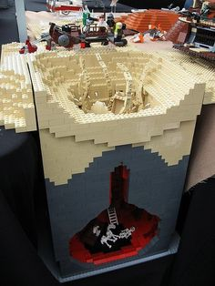 Insanely impressive Star Wars LEGO Sarlacc scene build! #starwars