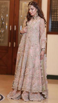 New Bridal Drees Pakistani Walima Indian Weddings Ideas Pakistani Wedding Outfits, Pakistani Bridal Dresses, Indian Bridal Wear, Pakistani Wedding Dresses, Pakistani Dress Design, Bridal Outfits, Bridal Lehenga, Indian Dresses, Bridal Gowns