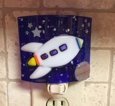by cheecheesglass on Etsy – Hobbies paining body for kids and adult Fused Glass Ornaments, Fused Glass Art, Stained Glass Night Lights, Glass Lights, Night Lite, Glass Fusing Projects, Drop Lights, Nightlights, Glass Birds