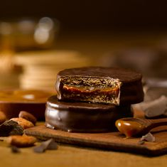 Alfajor de chocolate http://www.facebook.com/Sweetfestenmocapasteles