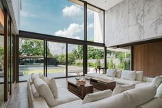 """Openbox Builds a Monolithic """"Marble House"""" 