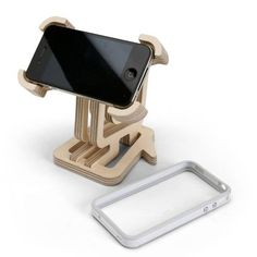 Cool Stuff We Like Here @ CoolPile.com ------- << Original Comment >> ------- nice ply wood ipod stand