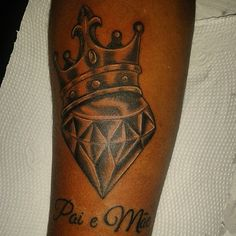 Coroa. Diamante. Tattoo. Tatuagem.  Tatuador: Fábio Habibe.