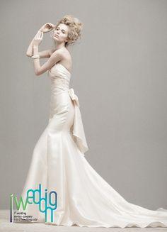 [아이웨딩] 웨딩 드레스 - 김해연에델. 디자이너의 감성이 살아있는 오뜨꾸뛰르 스타일을 추구합니다.
