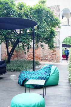 Traumhaft schön: Die Gartenmöbel-Trends 2016   SoLebIch.de #paolalenti #garden #gardenfurniture #gardendecor #outdoordecor #terrace #gartenmöbel #garten #gartenideen #terrasse #ideenfürdengarten #plaidplump #floatsessel #floatchair #salonedelmobile2016 #salonedelmobile
