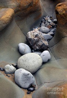 *Stone Falls by Mike Dawson / repinned on Toby Designs