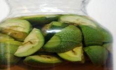 Homemade Green Walnut Liqueur – Try The Recipe Dreams Come True, Edible Plants, Cucumber, Liquor, Avocado, Lime, Homemade, Fruit, Health