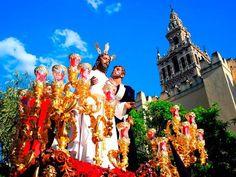 Si vas a visitar la ciudad este año, aprovecha los consejos de la Guía de #SemanaSanta en #Sevilla para visitantes en 2017.