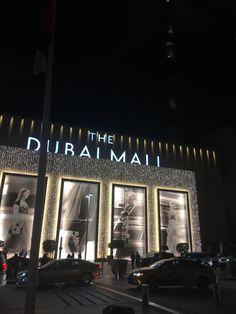 How I spent 3 days in Dubai. Night Aesthetic, City Aesthetic, Travel Aesthetic, Dubai Vacation, Dubai Travel, Best Places To Travel, Vacation Places, Dubai Video, Dubai Houses