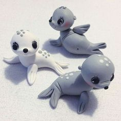 """Animals 352828952050609721 - Seals From """"Let's clay with Ewa"""" fb page. (diy crafts tutorial polymer clay) Source by Polymer Clay Figures, Polymer Clay Sculptures, Polymer Clay Animals, Cute Polymer Clay, Cute Clay, Polymer Clay Miniatures, Fimo Clay, Polymer Clay Projects, Polymer Clay Charms"""