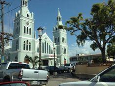Miren que Iglesia bella en el Lindo Pueblo de Aguada, Puerto Rico. Fotografía Keyla Hernández