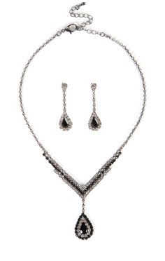 Deb Shops Stone Necklace Set with Teardrop Earrings $5.00