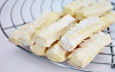 Biscuit, Cake Recipes, Dessert Recipes, Bulgarian Recipes, Food Cakes, Mini, Macaroni And Cheese, Muffins, Deserts