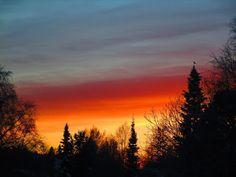 Satu Ylävaaran grafiikkaa & taidetta: Auringonlasku 24.12.15 klo 14